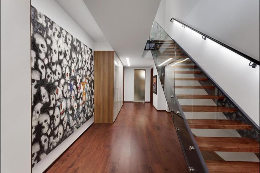 Одномаршевая лестница на мансарду
