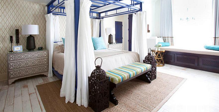 Ковер в спальне в средиземноморском стиле
