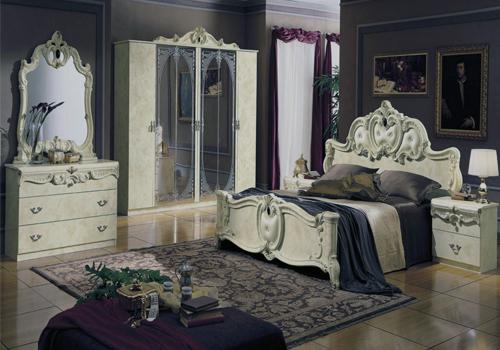 Интерьер спальни в стиле рококо