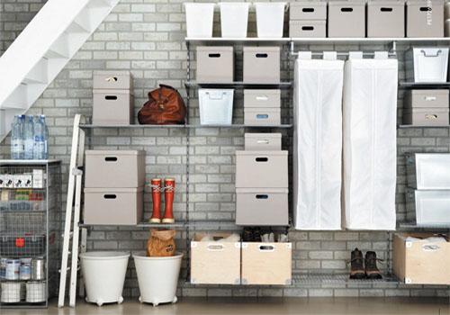 Как удобно хранить одежду и обувь, если нет шкафа