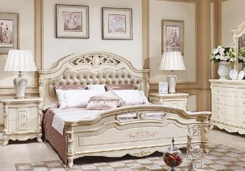 Блеск и роскошь классической спальни